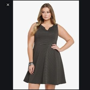 Torrid Womens Textured Ponte Knit Skater Dress 129